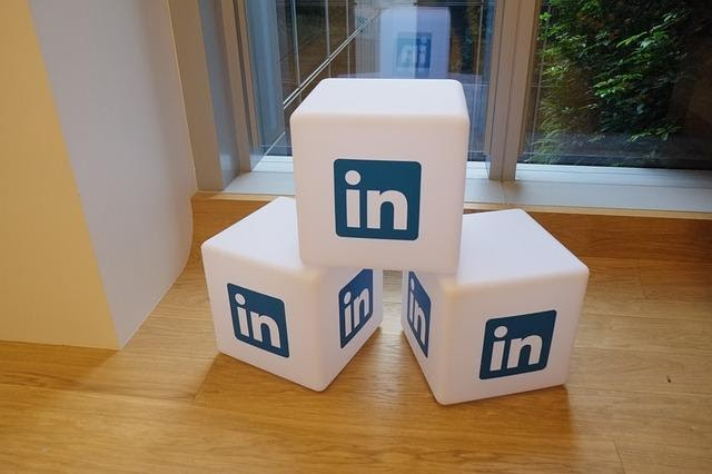 how to post an article on linkedin
