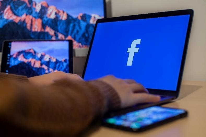 hoe blokkeer je iemand op Facebook