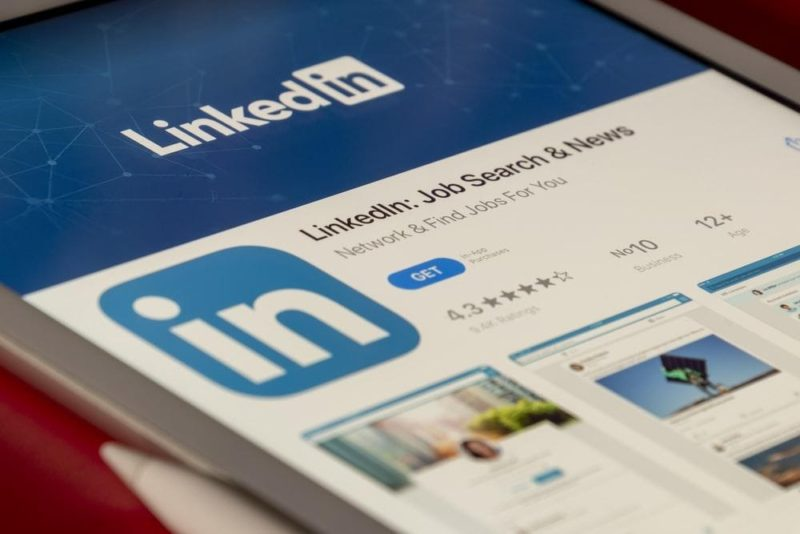how to network in LinkedIn
